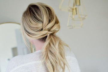 Mom Hair Ideas That Go Beyond A Messy Bun