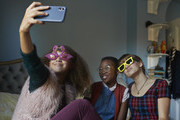 Help Your Teens (And Tweens) Navigate Social Media With These Tips
