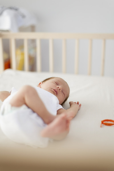 Lower Crib When Baby Begins To Roll Over